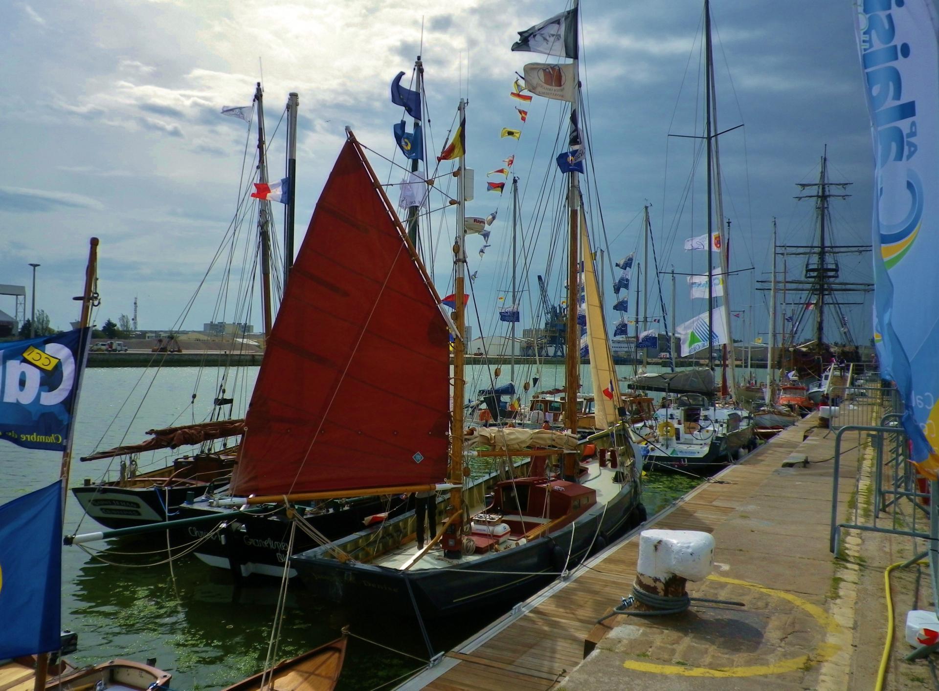Calais escale port 2014