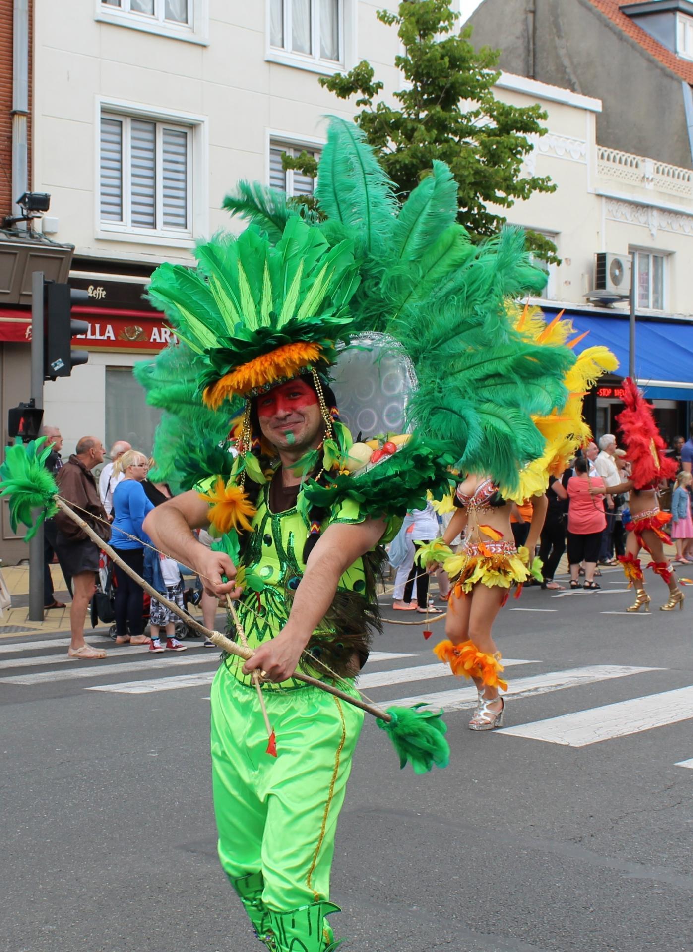 Photographies de Calais grande parade musicale calais anime l ete 22