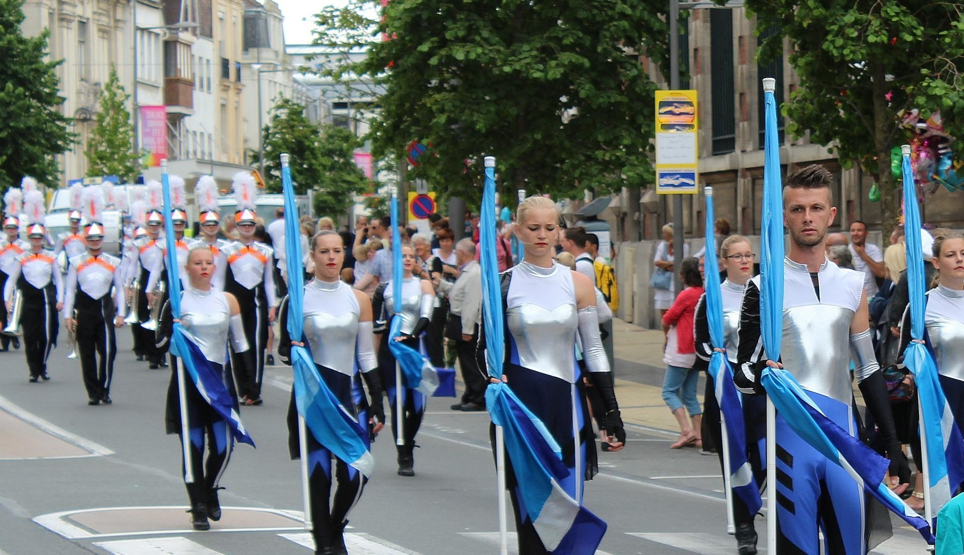 Calais grande parade musicale de calais anime l ete 27
