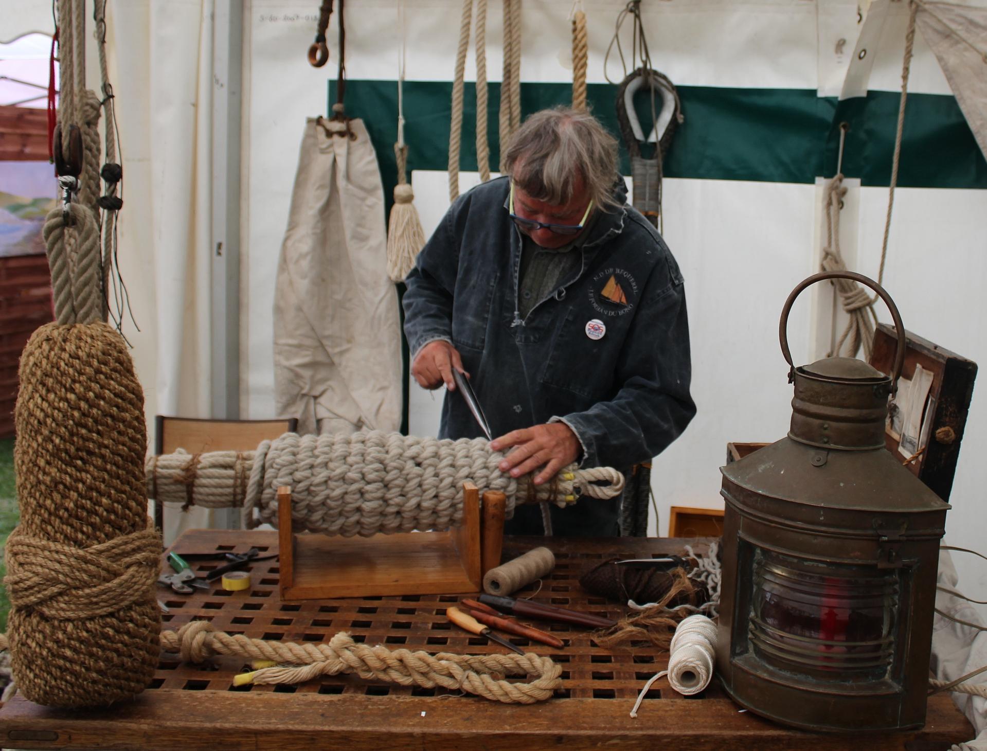 Fete des islandais hemmes de marck en calaisis travaux de matelotage calais 2