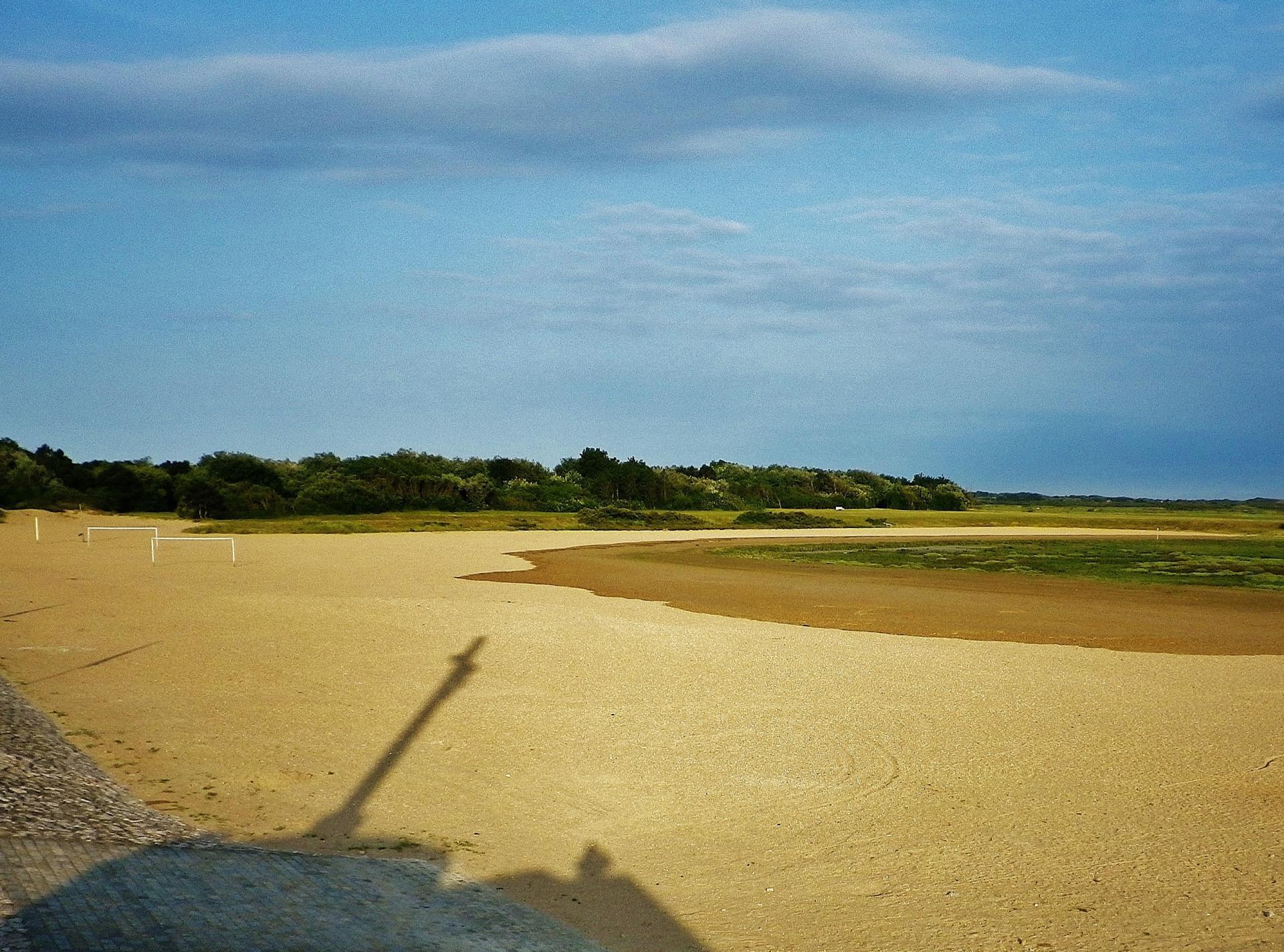 Grand fort philippe ombre portee du calvaire et du photographe