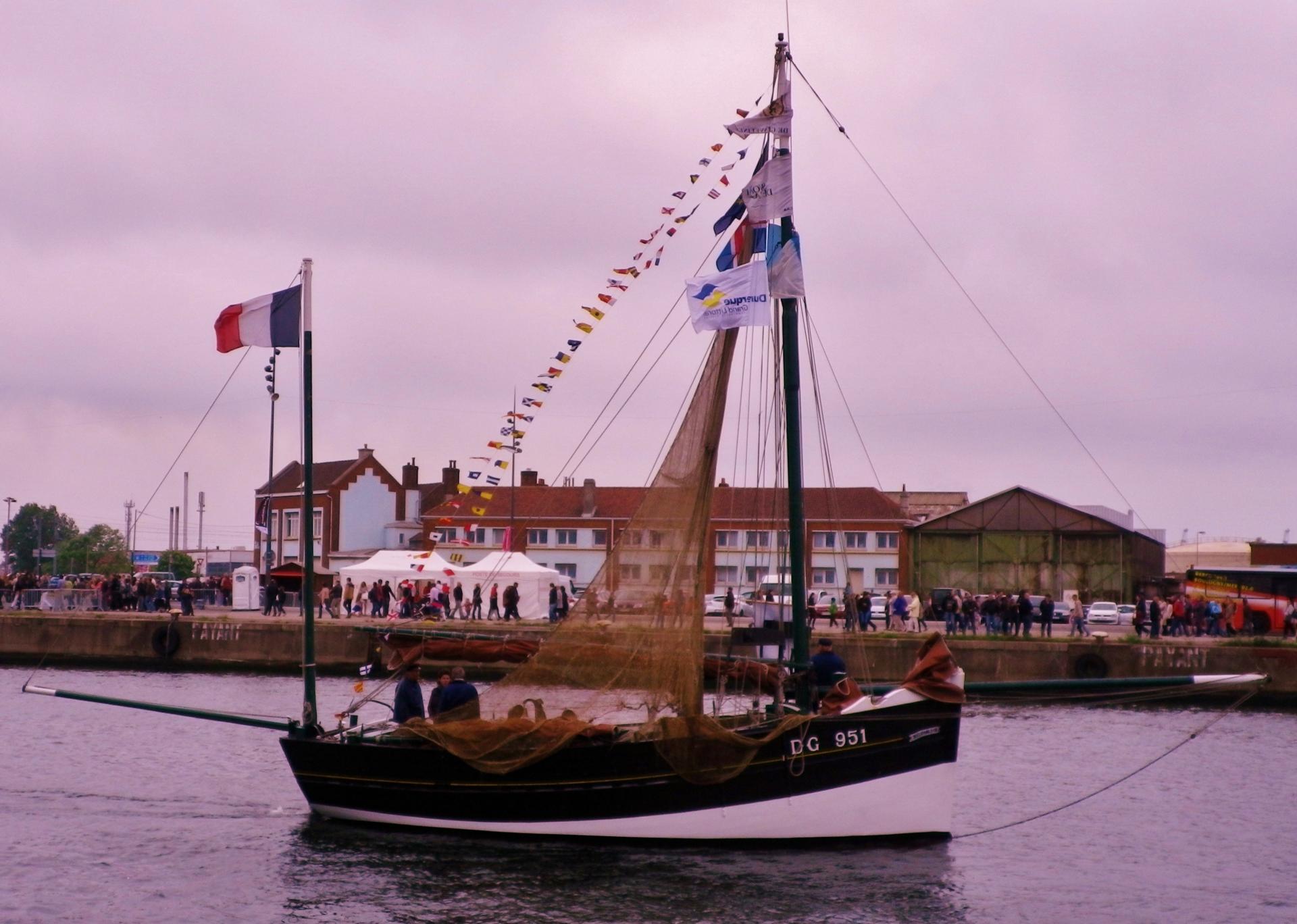 Photo bateau traditionnel cote d'opale