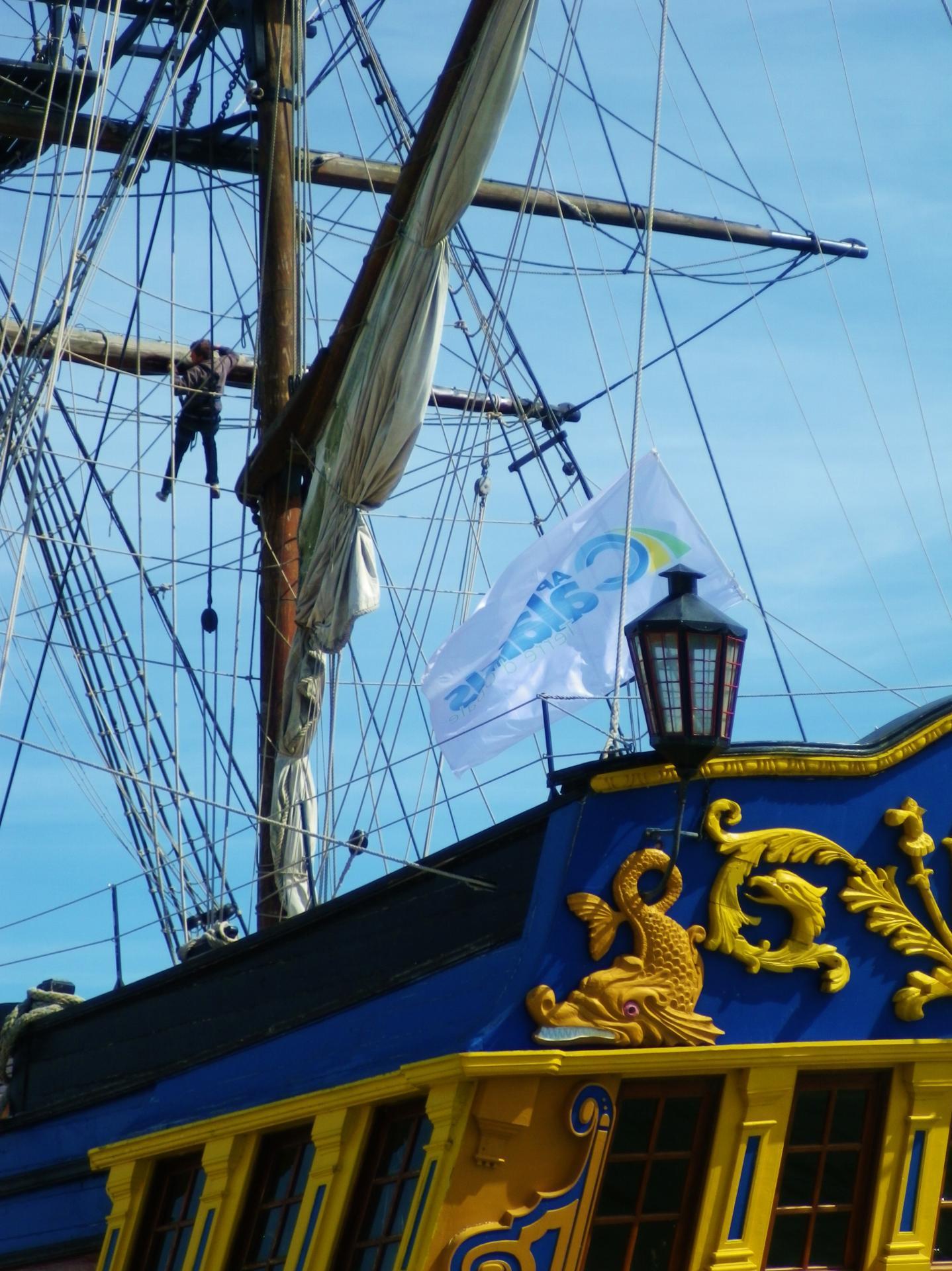 Travaux dans la mature escale a calais fete maritime 2014